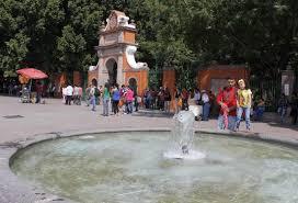 Buscan sacar a ambulantes, prostitutas y... - Reporte Querétaro | Facebook